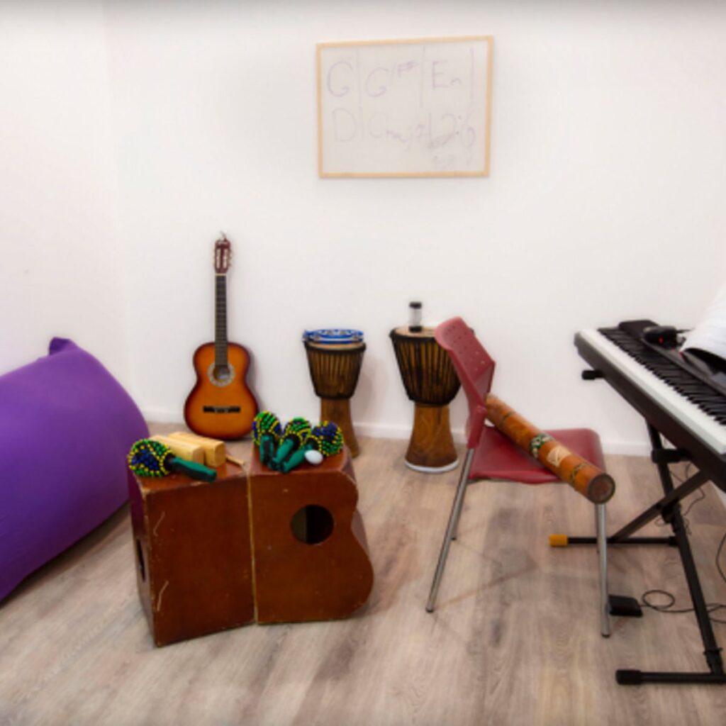 חדר מוסיקה MOODY